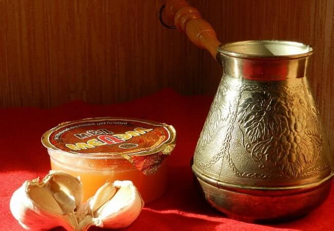 Кофе по-турецки с чесноком и медом